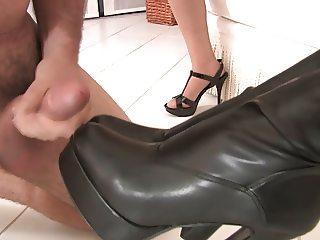 cum boots