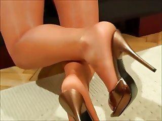 Inez pantyhose tease !!