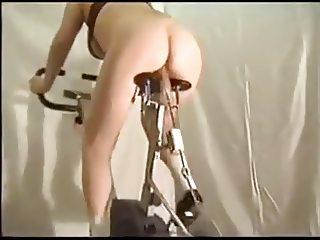Bicicleta com dildo by BBZ