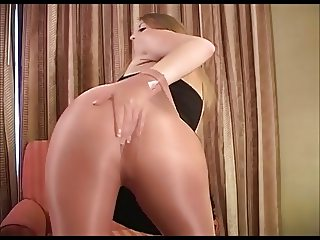 Tammy's teasing in shiny pantyhose