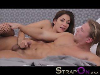 StrapOn Rachel Evans pegging her ponytailed boyfriend