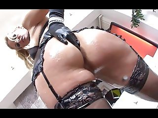 Blonde hottie having fun in oil