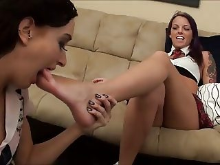Lesbian Foot Fetish: Luminous worships Violet's feet