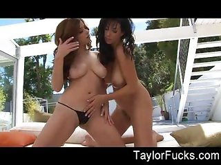 Outdoor Fun With Jelena & Taylor Vixen