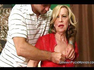 Granny is a experienced cock sucker