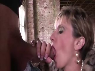 Lady Sonia pumped full