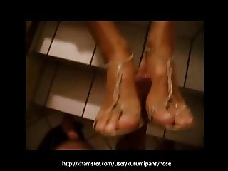 Kurumipantyhose - Public Footjob with my Shoes on!