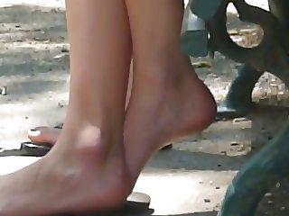 Candid feet #40