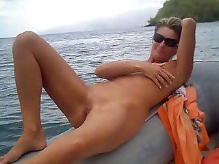 amateur masturbate on the boat