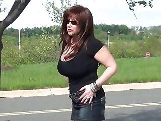 samantha strutting in pantyhose