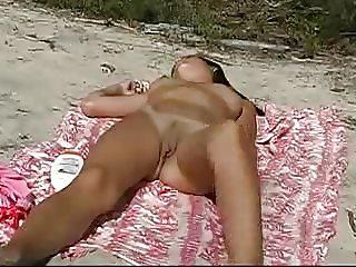 Nude Beach - Nice Teens Posing
