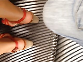 upskirt red shoes :P
