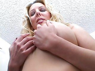 Babe Large tits, posing
