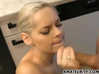 Amateur girlfriend suck and fuck with facial