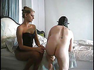 Mistress prostate milking 1