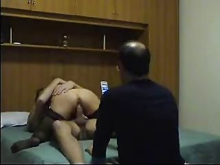 AMATEUR ITALIAN CUCKOLD FILMING HIS WIFE