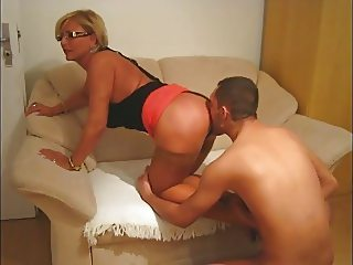 Boy lick milfs ass & cums on feet