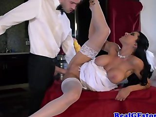 Real raven bride getting oralsex by her lucky