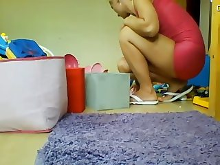 Hot Milf with Hot Feet Cleaning