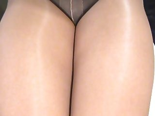crossdresser pantyhose legs 032