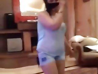 arab bitch from saudi arabia dance