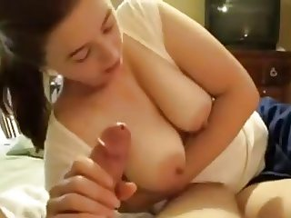 cute grrrlfriend helps to relax with her oral skills
