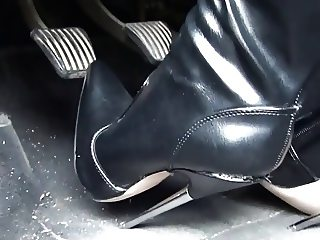 Bent stilettos metal heels boots