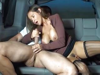 HANDJOB AT THE BACKSEAT OF A CAR