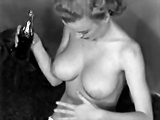 I WANNA BE LOVED BY YOU - vintage tease erotic retro