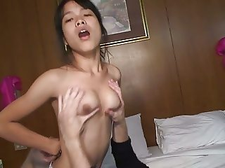 Thai girl doesnt want facial but still gets it