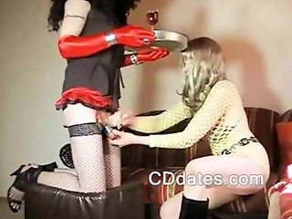 Crossdresser gives handjob