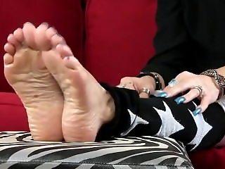 feet soles