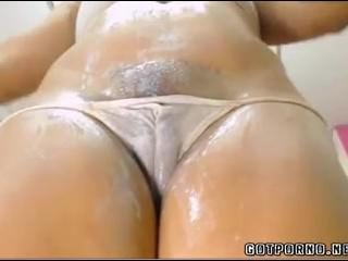 Hot Cameltoe Pussy With Fat Lips