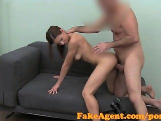 FakeAgent HD Flexible young girl in casting