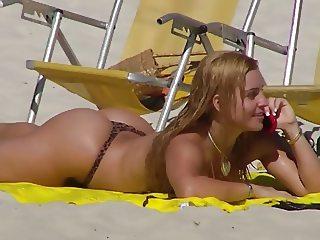 Fernanda Abraao - Praia (Loira da Laje)