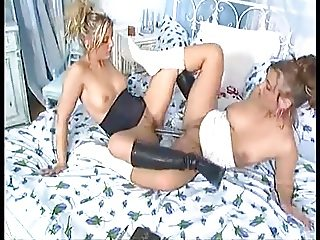 Twins Anna Michelle & Katja - Sex Tagebuch