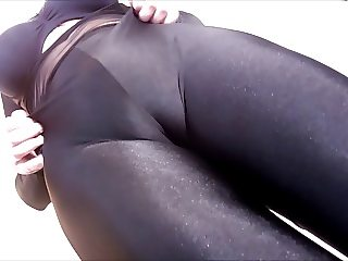 Spandex Angel - Sexy black catsuit