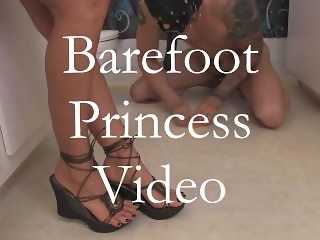 barefoot princess milking slave with het feet