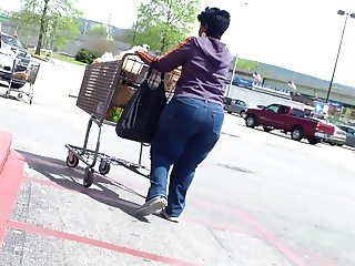 Dwarf With A HUGE Ass..
