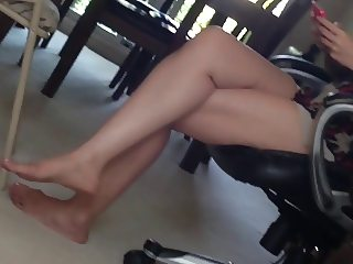 Not Aunt's Leg and Feet Show