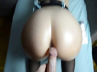 Pear shaped ass gets doggy