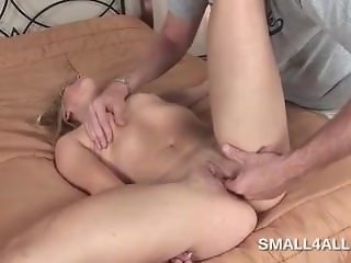 Petite blonde gets pink twat licked and finger fucked