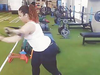 Scarlett workout