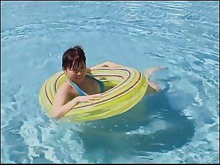 SANO Natsume shower and pool