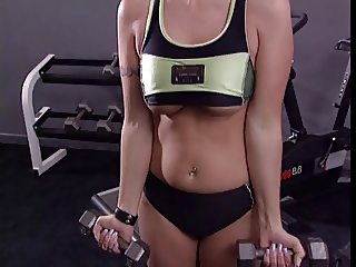 Blonde hottie banged in the gym