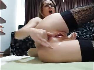 nerdy girl masturbation and squirting