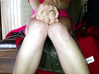 open her legs