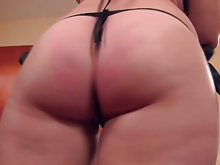 aliysa moore gets a fat cock up her snatch