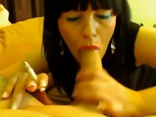 smoking hot blowjob!!!! (no sound)