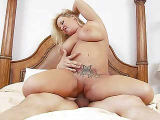 Sexy chubby mature pussy
